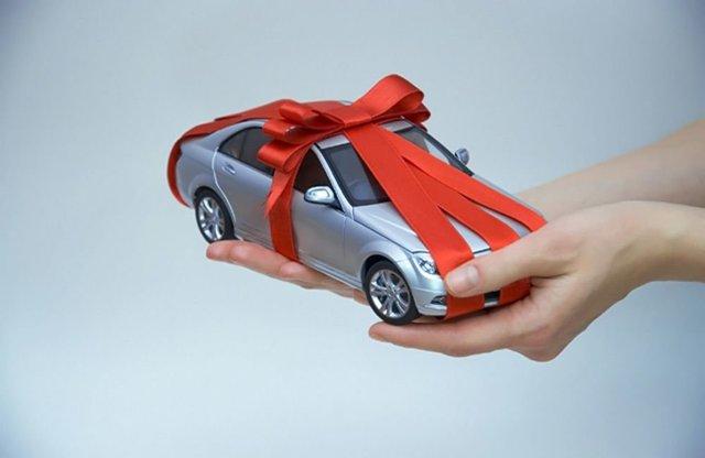 Как оформить дарственную на машину? Рассмотрим все моменты
