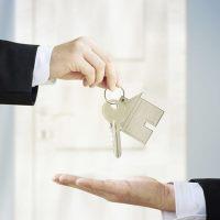 Риски при продажи квартиры: по доверенности, в рассрочку и др.